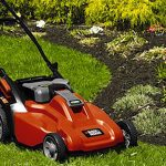Black & Decker CM1936<br>19-Inch Lawnmower with Removable Battery
