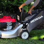 Honda HRR216K9VKA<br>Variable Speed Self-Propelled Lawnmower